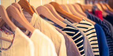 毎年の悩みを解決!衣替えのコツと上手な服の収納法【秋服編】