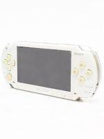 【箱説なし】PSP「プレイステーション・ポータブル」セラミック・ホワイト(PSP1000CW)(バッテリーパック、ACアダプター付)(ゲーム)